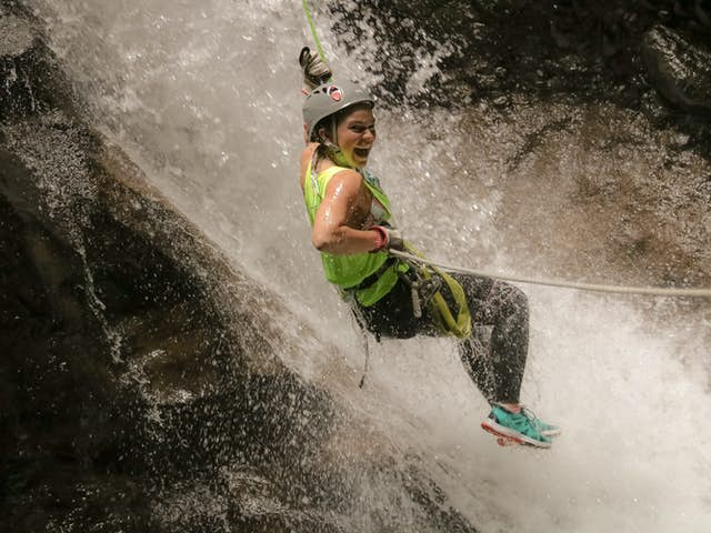 5 Tips for Rappelling in Costa Rica
