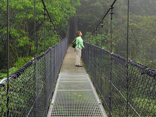 El Baño de Bosque en Arenal Costa Rica