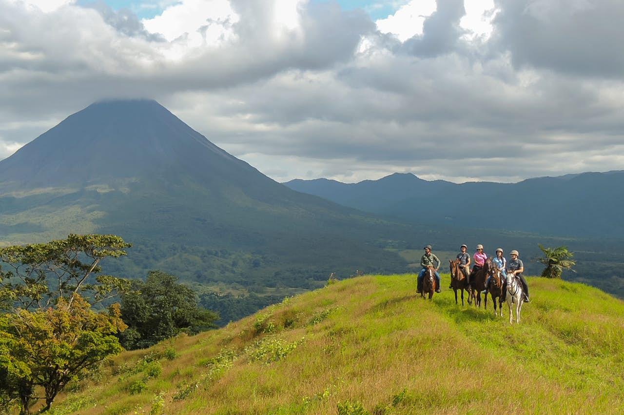 Pacos Horseback riding tour Arenal Volcano View